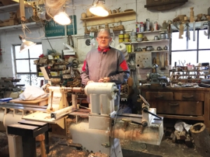 Willie Simmons, wood turner in Botetourtt County, VA