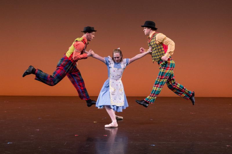 Alice-in-Wonderland follies (Photo: Rachel Neville)